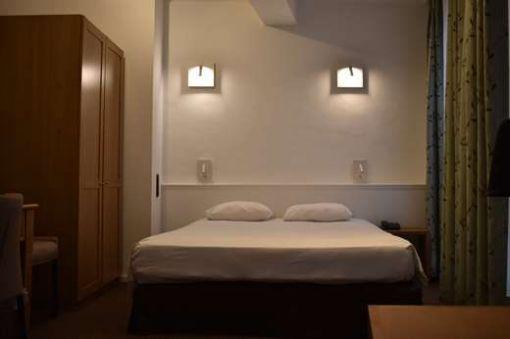 Room 201 - 2