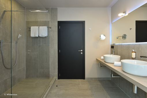 Room 620 - 4